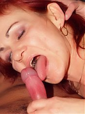 Shy grandma with small breasts Steph bares her clothes and agrees to spread her legs for sex